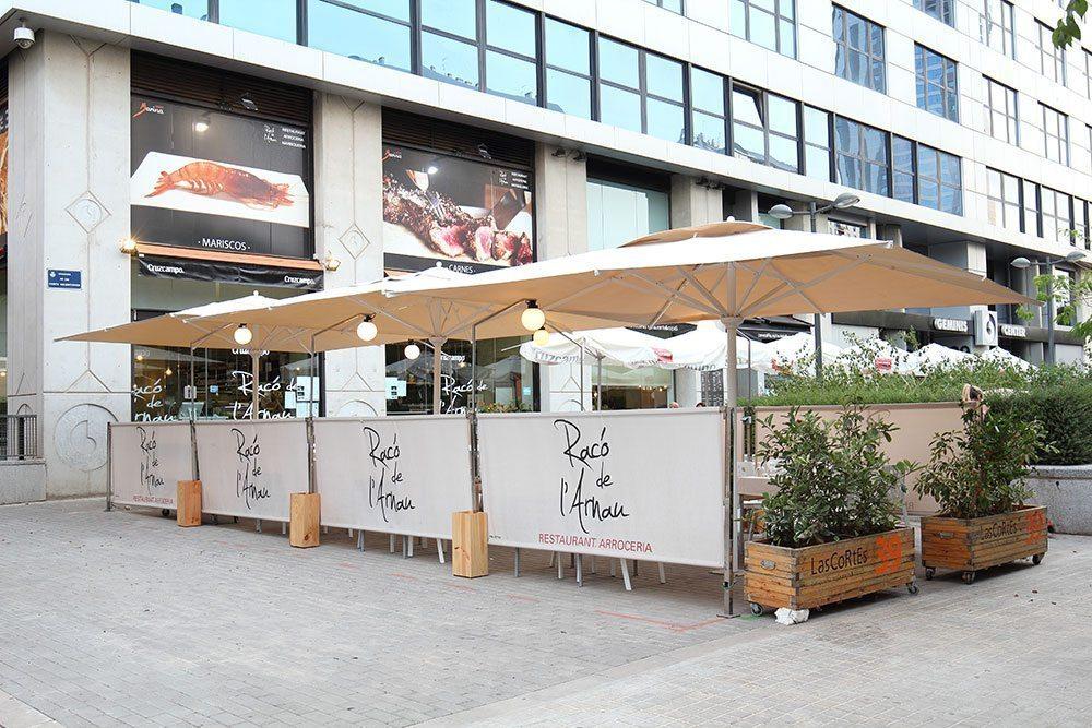 Restaurante con terraza en Valencia de paellas, arroces y marisco